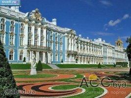 Екатерининский дворец: от летней резиденции до роскошного дворца