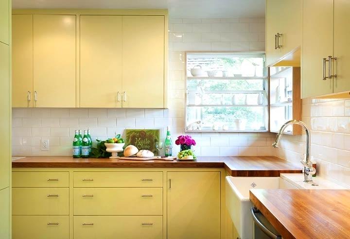 Белая кухня практично или нет
