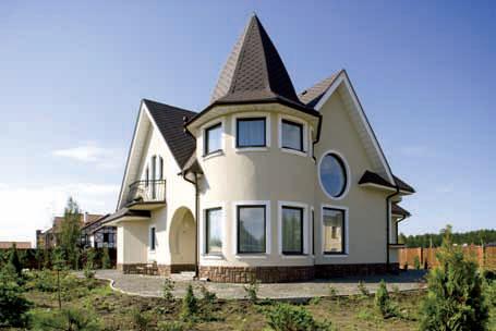 Покраска фасадов домов из дерева