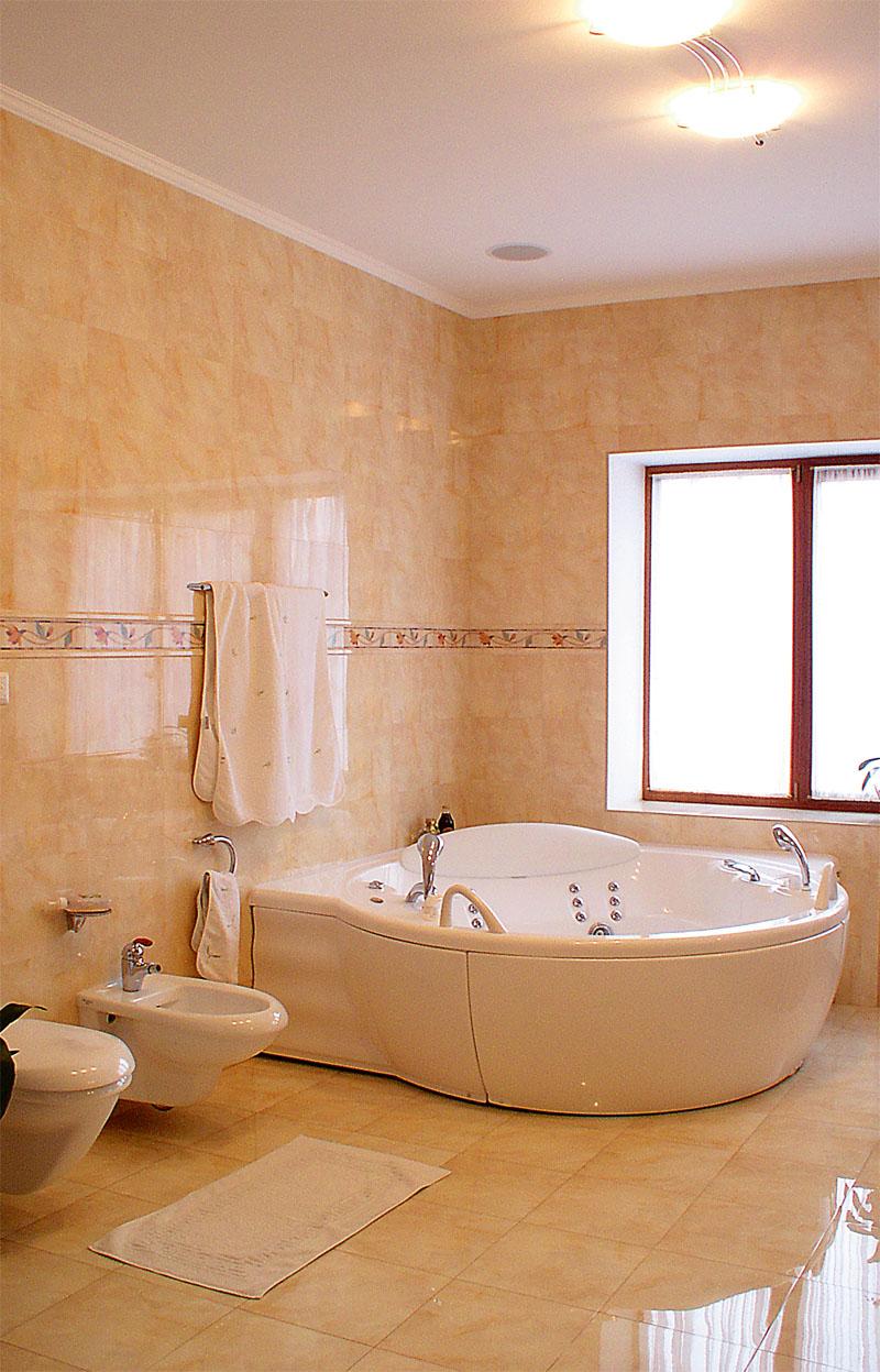 освещение ванной комнаты как сделать безопасные розетки заземление