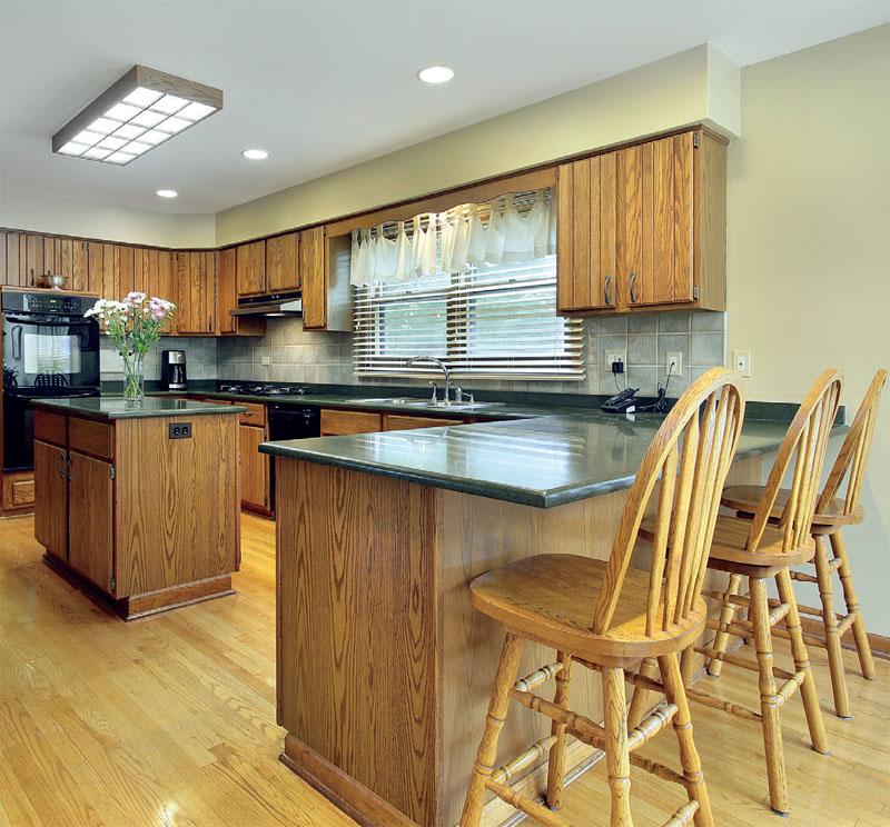 Комбинированое освещение на кухне
