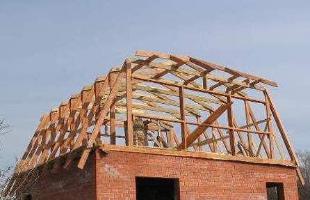 чем сложнее устроена крыша, тем дороже она обойдется