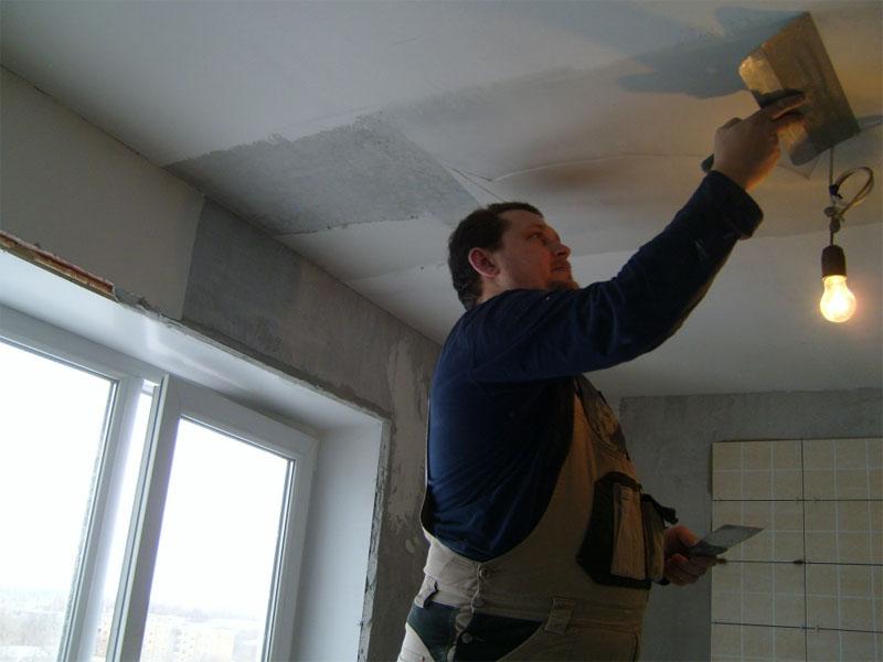Как выровнять старый потолок своими руками