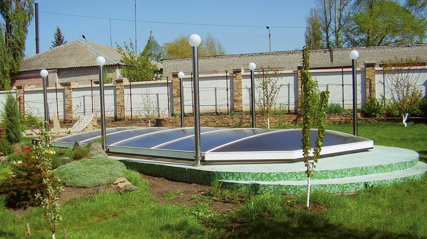 Санлайт — эксклюзив на рынке накрытий для бассейнов. Фото: АСПАР ПУЛ